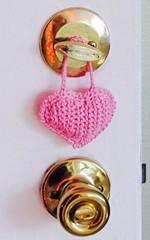 Slip Stitch Crochet 3-D Valentine (vashtirama) Tags: heartshape crochetheart hearts slipstitchcrochet slst slipstitches shaping shaped teaching class blogged vashtinewsletter sidetoside side2side valentine puffy stuffed pillow pincushion