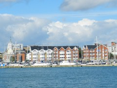 Southampton Harbour, Southampton, Sep 2017 (allanmaciver) Tags: southampton south coast england water solent yachts clouds weather beautiful day september allanmaciver