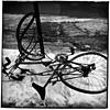 Les affres de l'hiver/Winter in Montréal (bob august) Tags: 2018 2018©rpd'aoust aperture3 bw bike blackwhite février formatcarré hiver iphone iphone4 montréal neige noiretblanc petiteitalie snow squareformat vélo winter