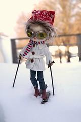 ADAW 3/52: Maxie goes Skiing (CornflowerBlue07) Tags: groove dal monomono skis skiing