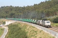 Uxes (REGFA251013) Tags: renfe adif lav eje atlántico comboio tren train carbon