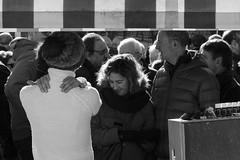 RELAJADA AL FRENTE DE LA TRINCHERA (Mane C:) Tags: street streetphoto streetphotography streetlife streets streetphotographer bnwstreet blackandwhite bnw bn blancetnoir blancoynegro bw blackandwhitephoto blackandwhitephotography blanckandwhitephoto bnwphotography urban market mercado