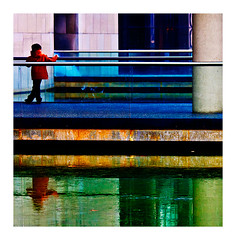 Hiver à la Villette (Marie Hacene) Tags: paris hiver villette 19e couleurs enfant eau reflets
