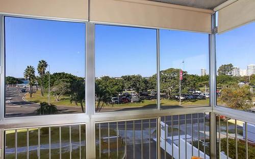 3/28 Marine Pde, Southport QLD 4215