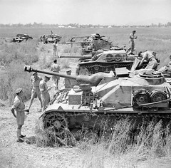"""captured StuG IV, StuG III ausf G • <a style=""""font-size:0.8em;"""" href=""""http://www.flickr.com/photos/81723459@N04/25886040748/"""" target=""""_blank"""">View on Flickr</a>"""