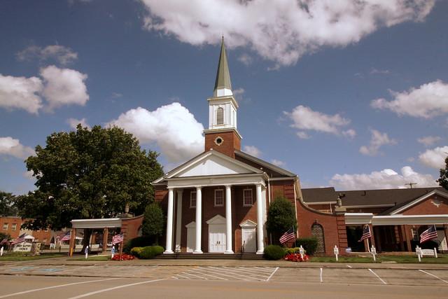 First Baptist Church - Tullahoma