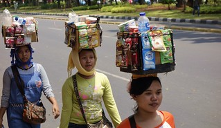 INDONESIEN, Jakarta , auf der medan-merdeka-Barat, Transporter, 17044/9497