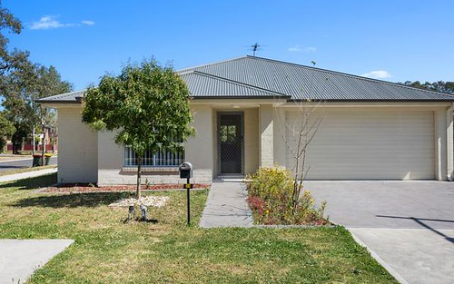 35 Bluebell Crescent, Ropes Crossing NSW