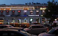 delhi evening at connaught place (kexi) Tags: delhi india asia traffic cars evening thebluehour starbucks neons canon february 2017 instantfave