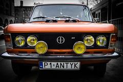 Antique beauty (Radosław Owczarczak) Tags: cars vintagecars 125p fiat fso żerań