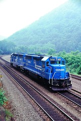 CR 6658 at Altoona, PA (dl109) Tags: conrail sd452