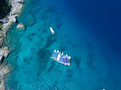 drone-boats-similian-islands-phuket-thailand (Ryan.Kartzke) Tags: drone similanislands phuket bluewater boats thailand paradise crystalclear rocks beach sand ocean sea