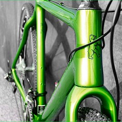Green ZEOLITE. New. Our only one for Cyclo-Cross / Gravel / Travel / Road Riding & Racing. Stock sizes and full custom bike options available. Frame weight is 950 g. Complete bikes can be configured with your Dream Bike build kit. Grün. Das neue ZEOLITE.