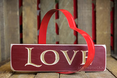 Love Without End (jah32) Tags: love heart hearts wood weatheredwood valentine valentinesday red