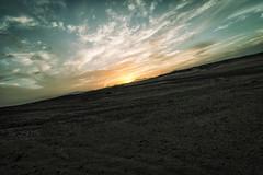 sw (SBW-Fotografie) Tags: sbw sbwfoto sbwfotografie canon canon70d 70d weitwinkel wüste desert sand himmel sky wolken clouds sonne sun sonnenuntergang sundown horizont horizon berge hills sonnenlicht sunlight landscape natur nature