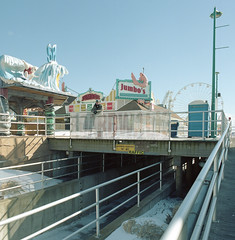 (.tom troutman.) Tags: bronica sqai film analog 120 6x6 mediumformat 40mm kodak ektar wildwood nj square