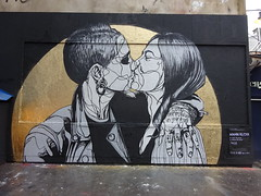 Mahn Kloix : I can see my future in your eyes. (Archi & Philou) Tags: streetart paris11 mahnkloix murxi oberkampf murpeint collage paintedwall pasteup femme girl baiser kiss