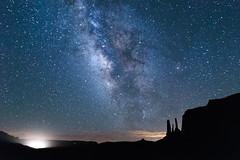 Torch to light up the stars (leakylightbucket) Tags: nightsky threesisters monumentvalley utah landscapephotography