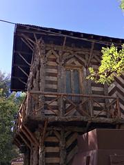 Casa de Corcho en Parque de la Vega (Toledo) (MarisaTárraga) Tags: españa spain toledo parque park casa house cielo heaven parquedelavega casadecorcho iphone6s