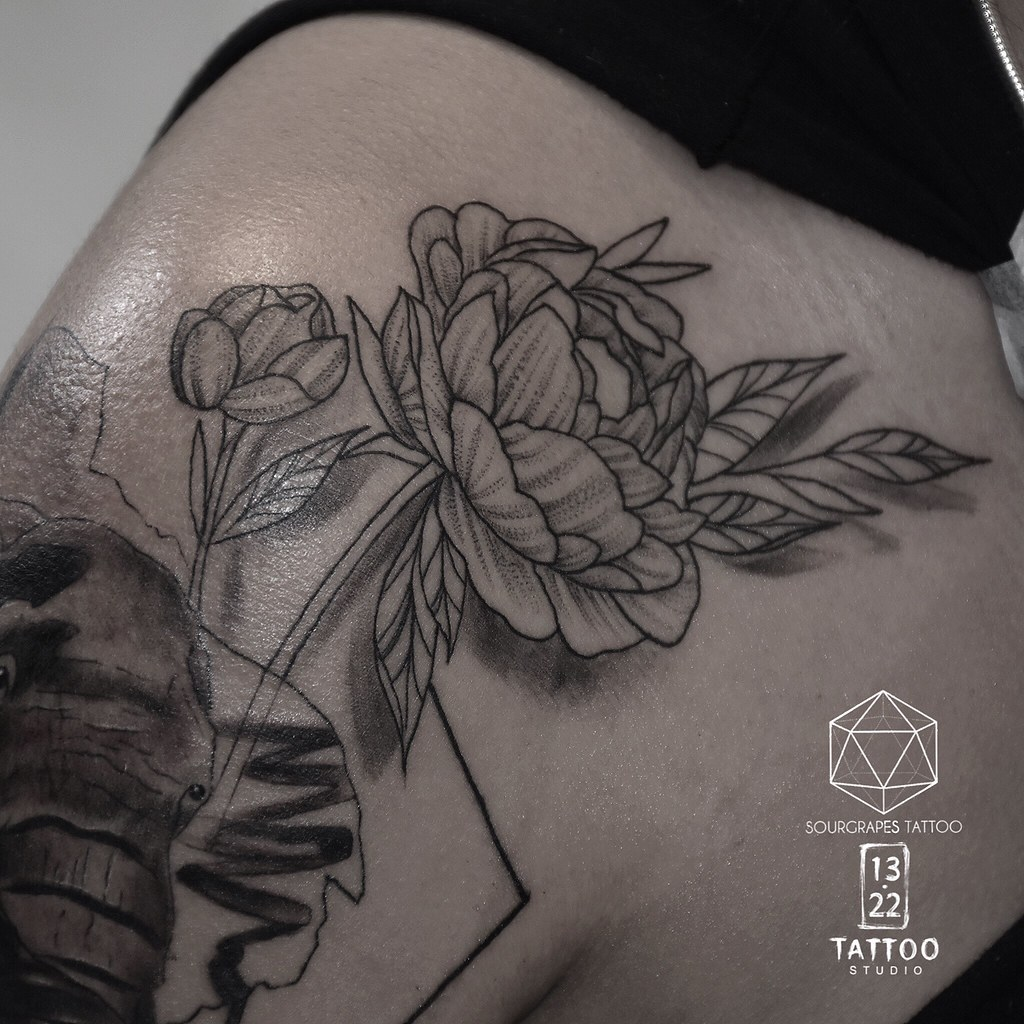The world 39 s best photos of sourgrapestattoo flickr hive mind for Botanical tattoo london