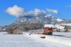 218 491, Altstädten by Manuel Schmid - Kurz nach der SVG 2143 folgte 218 491 mit IC 2085 nach Oberstdorf. Hinter Altstädten entstand ein Bild.