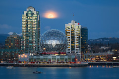 Waiting.... 🏢🌐🏢 Vancouver, BC (Michael Thornquist) Tags: fullmoon wormmoon fullwormmoon fullwormmoon2018 scienceworld telusworldofscience falsecreek condos skyscrapers cityscape vancouverphotos vancouver britishcolumbia dailyhivevan vancitybuzz vancouverisawesome veryvancouver 604now photos604 explorecanada ilovebc vancouverbc vancouvercanada vancity pacificnorthwest pnw metrovancouver gvrd canada 500px