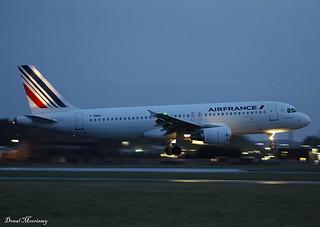 Air France A320-200 F-HBNH