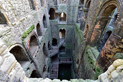 Castle keep down (Geoff Henson) Tags: castle fortress fort walls stone kent medway keep windows turrets ruin