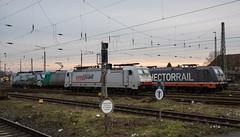 002_20180115_Krefeld_Hbf_6193_773_LM_6185_609_ATLU_6241.010_HCTOR_Yoda_6241_011_HCTOR_C-3PO_6186_901_XRAIL (ruhrpott.sprinter) Tags: ruhrpott sprinter deutschland germany allmangne nrw ruhrgebiet gelsenkirchen lokomotive locomotives eisenbahn railroad rail zug train reisezug passenger güter cargo freight fret krefeld hbf atlu crossrail xrail hectorrail hctor lokomotion lm railtractioncompany nwb rti siemens vossloh dxr vl 11 0650 6185 185 6186 186 6193 773 193773 193 6241 g6 yoda c3po bahnbetriebswerkkrefeld emma lok301 outdoor logo natur