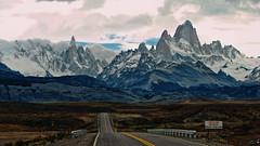 El fin del camino (Miradortigre) Tags: patagonia argentina road carretera ruta estrada andes montañas mount アルゼンチン 阿根廷 аргентина