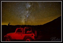 Rhyolite_6686 (bjarne.winkler) Tags: photo foto safari 2017 2 light painting jeep ruins railroad ghost town rhyolite nevada under milky way