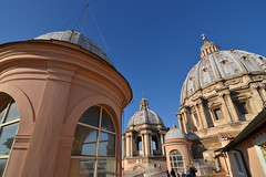 Domes on the roof (Thomas Roland) Tags: rome rom roma italia italy italien europe europa travel rejse holiday city by stadt vatican vatikanet peterskirken basilica di san pietro vaticano st peter's church kirke katedral cathedral dome kuppel ceiling loft roof tag