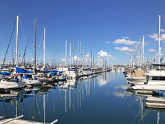 """View from """"Schooner Or Later"""" restaurant. (thinduck42) Tags: longbeach california apple iphone8plus ocean pacific restaurant clouds reflection"""