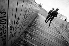 (fernando_gm) Tags: street blackandwhite bw blancoynegro man monochrome monocromo monocromatico gente people person persona geometry geometría diagonal lines lineas fuji fujifilm 1024mm rotterdam calle callejera city ciudad