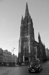 Edinburgh 6 (pjarc) Tags: europe europa scotland scozia edinburgh edimburgo città city december dicembre 2017 foto photo digital bw black white biancoenero nikon dx chiesa church street