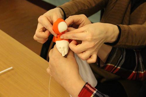 Мастер-класс по изготовлению масленичной куклы (13)