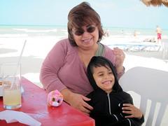 01-12-18 Birthday Fun 09 (Carmen & Leo) (derek.kolb) Tags: mexico yucatan progreso family