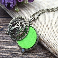 Aromatherapy Necklace in Copper with Tree of Life Pendant (essentialoils.carmaya) Tags: carmayaaromatherapy aromatherapynecklaces essentialoils essentialoildiffuser aromatherapy essentialoil