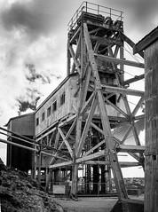 Brown's Shaft Headframe, Broken Hill. (Ross Lamb) Tags: brokenhill minenomore rosslamb 9