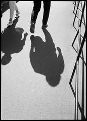 2017-08 - 095HF_05 (sarajoelsson) Tags: 135 svartvitt blackandwhite bw filmphotography film believeinfilm ilford everydaylife sweden stockholm digitizedwithdslr analog analogue teamframkallning ishootfilm urban city filmshooter xtol monochrome bnw olympus halfframe halvformat filmisnotdead snapshot vardag olympuspenee3 summer 2017 shadow people hp5 hp5plus slussen lightandshadow sunny august