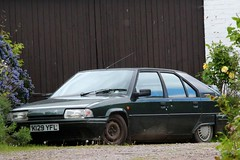 K129 YFL (Nivek.Old.Gold) Tags: 1992 citroen bx 19 txd auto