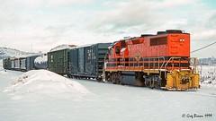 Didn't expect to see this (C.P. Kirkie) Tags: willamettepacific wprr portlandwestern pnwr bnsf klamathfalls klamathcounty klamathbasin klamathfallsoregon oregon bnsfgatewaysubdivision trains railroads emd gp392 freighttrain