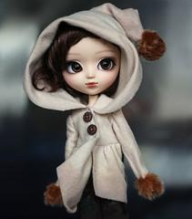 Pretty things (Virvatulia) Tags: pullip marie dollandsensibility mariepullip pullipmarie nyappylook pretty doll winter coat hood hoodie groovedoll portrait pullipsuomi