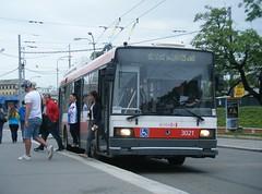Brno trolleybus No. 3021 (johnzebedee) Tags: trolleybus transport publictransport vehicle brno czechrepublic johnzebedee skoda skoda21tr