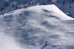 Una montagna Nuvolosa (thomas.amicabile) Tags: montagna monti montagne sfondo snow snowborder paesaggio panorama paesaggistica paesaggi panoramiche landscape natura nature neve italia italy inverno