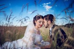 :D bei türkischen hochzeiten finde ich es sehr cool dass man immer viel zeit für portraits hat. 2-3 stunden sind keine seltenheit von der abhilung der braut bis zum einmarsch in dern saal. schlaue türkische brautpaare booken ONDRO für ihre hochzeiten als (hochzeitsfotograf.stuttgart) Tags: hochzeitsfotograf hochzeitsfotografie hochzeit hochzeitsbilder braut bräutigam brautpaar photoshop lightroom fotograf photographer photography wedding weddingphotographer bride groom couple