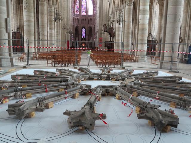 Rosace Cathédrale Soissons (2)