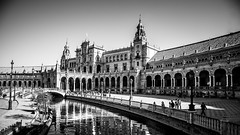 Arcos de Sevilla (pepoexpress - A few million thanks!) Tags: nikon nikkor d750 nikond750 nikond75024120f4 24120mmafs pepoexpress sevilla plazadeespañadesevilla bw arcos soportales © all rights reserved do use photography withaut permision allrightsreserved