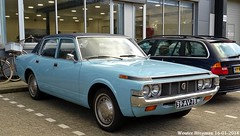 Toyota Crown 2000 1973 (XBXG) Tags: 39av78 toyota crown 2000 1973 toyotacrown blue bleu wenckebachweg amsterdam duivendrecht nederland holland netherlands paysbas vintage old classic japanese car auto automobile voiture ancienne japonaise japon japan asiatique asian vehicle outdoor