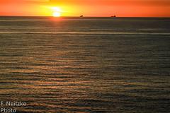 5 Sunset (fneitzke) Tags: portfolio canont5eos1200d canon canont5 january janvrier janeiro summer été verão américadosul americadelsur ameriquelatine latinoamérica latinamerica américalatina oceano ocean mar sea mer oceanoatlântico atlantic atlanticocean sunset pôrdosol coucherdusoleil puestadesol nature natureza naturaleza contrast contraste seascape